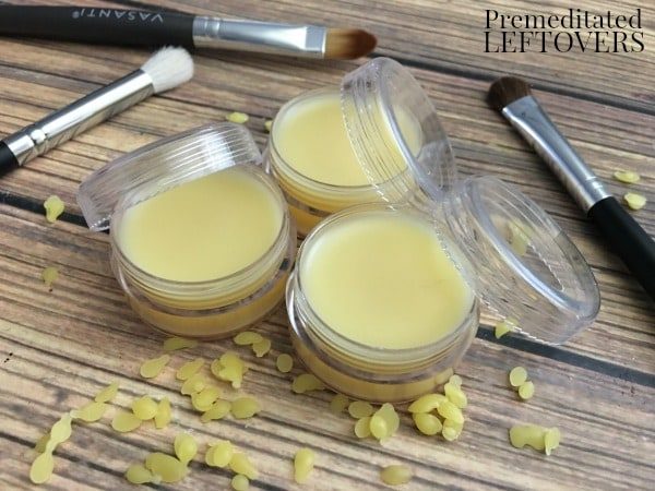 This Peppermint DIY Lip Balm is an ideal gift item everyone will love receiving! Soothing and refreshing, it is an inexpensive and easy gift to make!