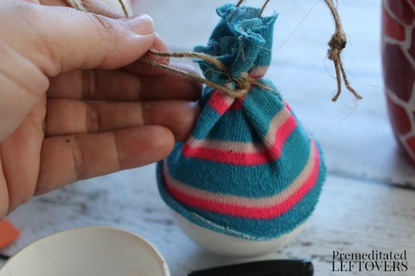 Snowman Christmas Ornament Craft- glue on hat