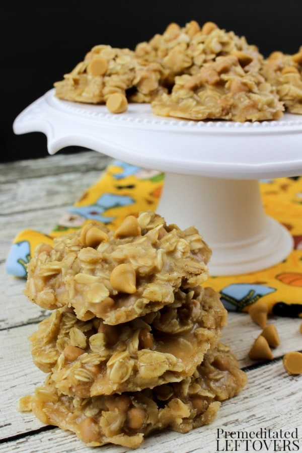 These No Bake Oatmeal Butterscotch Cookies are an easy recipe when you want a yummy dessert without having to run the oven, or just don't feel like baking!