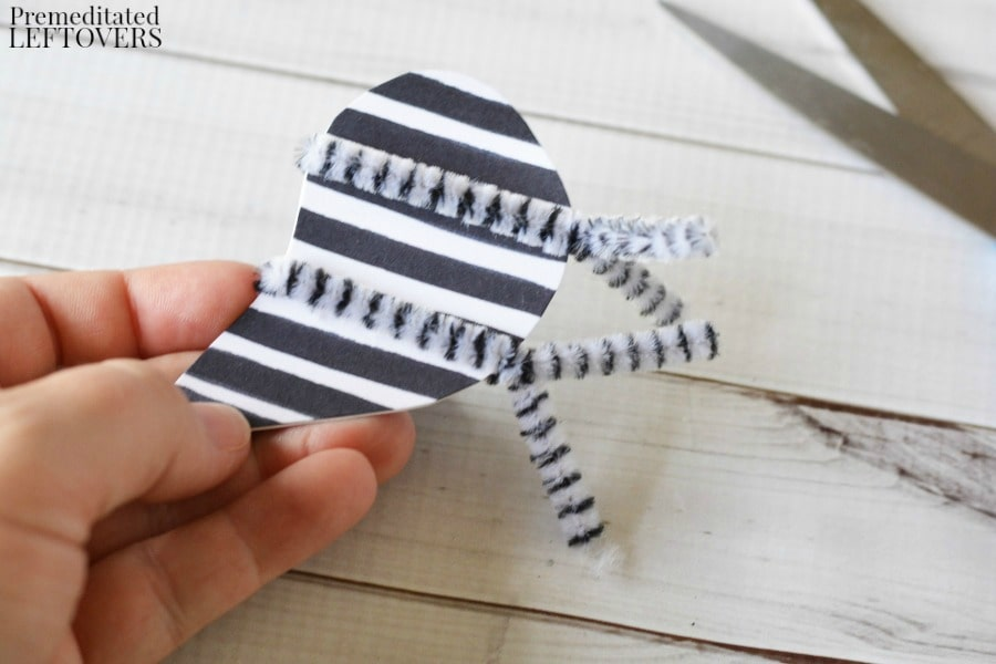 z-is-for-zebra-craft-add-chenille-legs