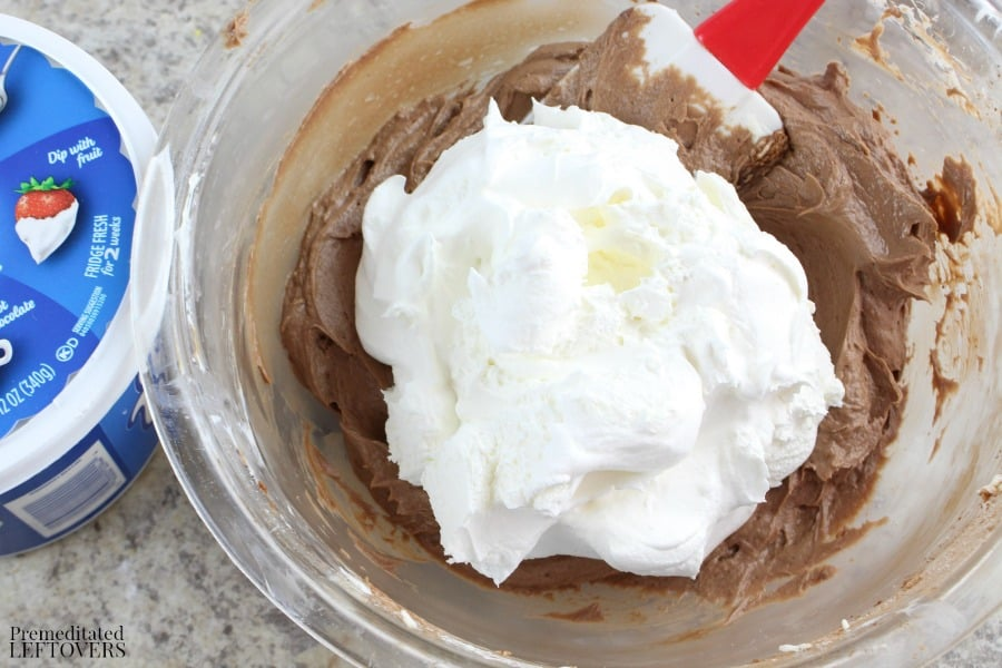 Add cool whip to Nutella pie mixture