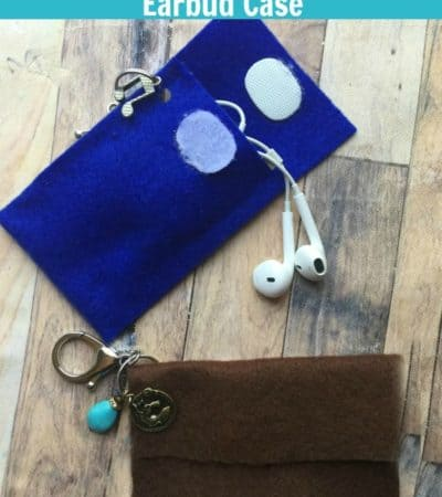 DIY Felt Keychain Earbud Case Tutorial