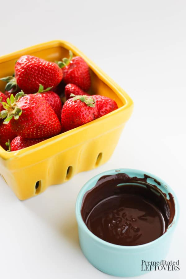 chocolate dipped strawberries recipe