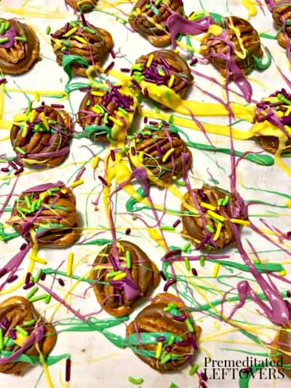 Quick and Easy Mardi Gras Rolo Pretzel Turtles
