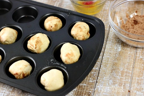 resurrection rolls in muffin tin