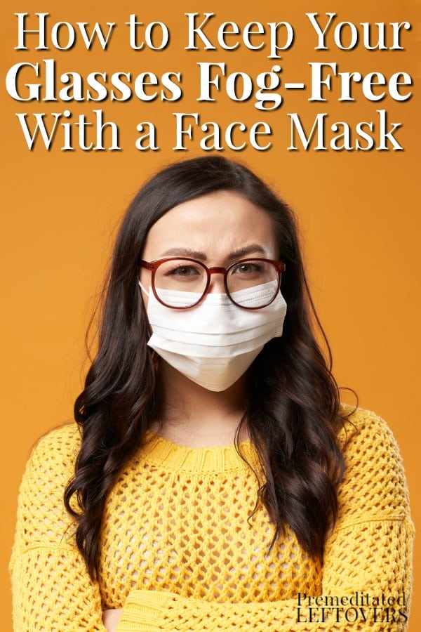lady with fog-free glasses while wearing a face mask