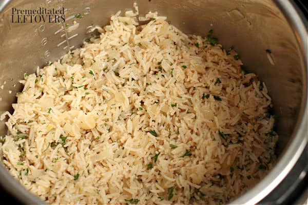 onion and garlic rice in the instant pot